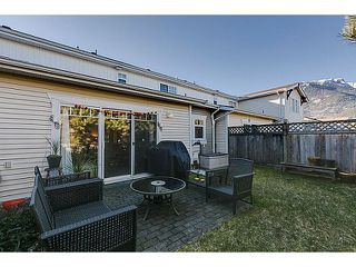 "Photo 4: # 61 1821 WILLOW CR in Squamish: Garibaldi Estates Townhouse for sale in ""GARIBALDI ESTATES -Willow Villa"" : MLS®# V1045159"