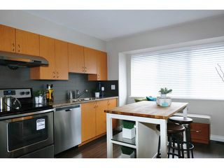 "Photo 5: 8 1268 RIVERSIDE Drive in Port Coquitlam: Riverwood Townhouse for sale in ""SOMERSTONE LANE"" : MLS®# V1058093"
