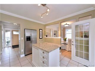 Photo 8: 976 Wollaston St in VICTORIA: Es Esquimalt House for sale (Esquimalt)  : MLS®# 693505