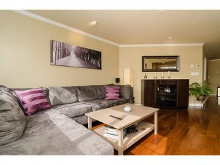 "Photo 8: 112 6 RENAISSANCE Square in New Westminster: Quay Condo for sale in ""RIALTO"" : MLS®# V1111583"