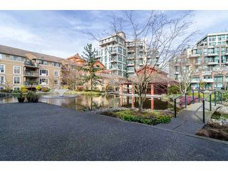 "Photo 2: 112 6 RENAISSANCE Square in New Westminster: Quay Condo for sale in ""RIALTO"" : MLS®# V1111583"