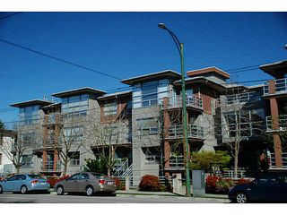 "Photo 15: 3173 W 4TH Avenue in Vancouver: Kitsilano Condo for sale in ""BRIDGEWATER"" (Vancouver West)  : MLS®# V1114933"