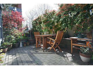 "Photo 12: 3173 W 4TH Avenue in Vancouver: Kitsilano Condo for sale in ""BRIDGEWATER"" (Vancouver West)  : MLS®# V1114933"