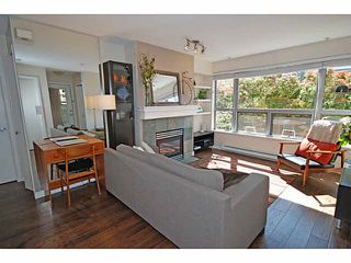 "Photo 2: 3173 W 4TH Avenue in Vancouver: Kitsilano Condo for sale in ""BRIDGEWATER"" (Vancouver West)  : MLS®# V1114933"