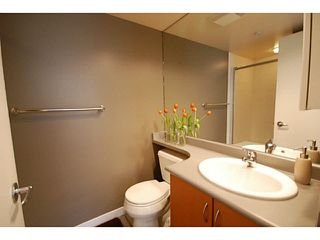 "Photo 11: 3173 W 4TH Avenue in Vancouver: Kitsilano Condo for sale in ""BRIDGEWATER"" (Vancouver West)  : MLS®# V1114933"