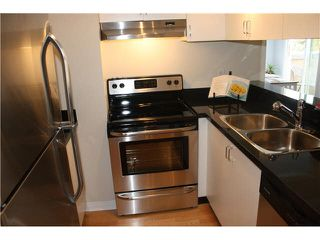 """Photo 10: 401 1550 SW MARINE Drive in Vancouver: Marpole Condo for sale in """"THE CARLTON"""" (Vancouver West)  : MLS®# V1115866"""