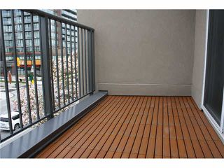 "Photo 11: 401 1550 SW MARINE Drive in Vancouver: Marpole Condo for sale in ""THE CARLTON"" (Vancouver West)  : MLS®# V1115866"