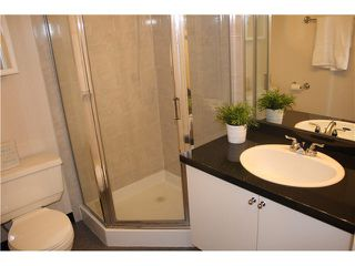"Photo 12: 401 1550 SW MARINE Drive in Vancouver: Marpole Condo for sale in ""THE CARLTON"" (Vancouver West)  : MLS®# V1115866"