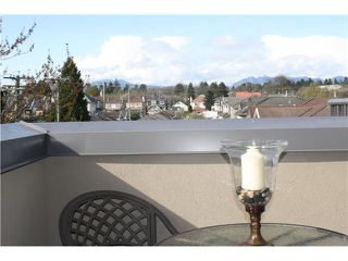 "Photo 1: 401 1550 SW MARINE Drive in Vancouver: Marpole Condo for sale in ""THE CARLTON"" (Vancouver West)  : MLS®# V1115866"