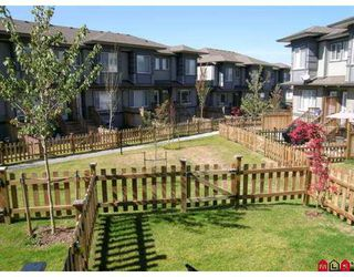 "Photo 2: 127 18701 66TH AV in Surrey: Cloverdale BC Townhouse for sale in ""Encore At Hillcrest"" (Cloverdale)  : MLS®# F2620523"