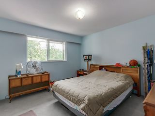 Photo 11: 5190 PARKER Street in Burnaby: Brentwood Park House for sale (Burnaby North)  : MLS®# V1123430