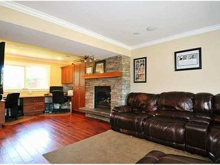 "Photo 4: 20480 THORNE Avenue in Maple Ridge: Southwest Maple Ridge House for sale in ""WEST MAPLE RIDGE"" : MLS®# V1140275"