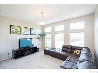 Photo 9: 352 Golden Eagle Drive in WINNIPEG: East Kildonan Residential for sale (North East Winnipeg)  : MLS®# 1525380