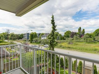 "Photo 13: 203 17740 58A Avenue in Surrey: Cloverdale BC Condo for sale in ""DERBY DOWNS"" (Cloverdale)  : MLS®# R2000265"