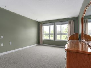 "Photo 8: 203 17740 58A Avenue in Surrey: Cloverdale BC Condo for sale in ""DERBY DOWNS"" (Cloverdale)  : MLS®# R2000265"