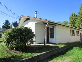 Photo 2: 32971 2ND Avenue in Mission: Mission BC House for sale : MLS®# R2005298