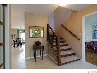 Photo 3: 23 Haddington Bay in Winnipeg: Charleswood Residential for sale (South Winnipeg)  : MLS®# 1609114