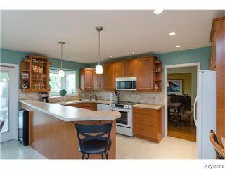 Photo 8: 23 Haddington Bay in Winnipeg: Charleswood Residential for sale (South Winnipeg)  : MLS®# 1609114