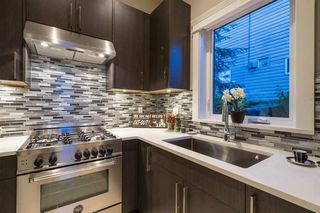Photo 9: 154 N HOWARD Avenue in Burnaby: Capitol Hill BN House for sale (Burnaby North)  : MLS®# R2060301