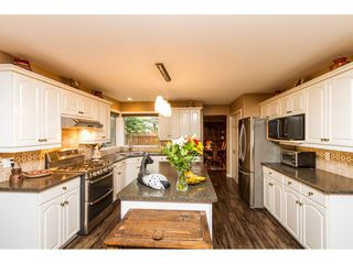 "Photo 6: 21849 44A Avenue in Langley: Murrayville House for sale in ""Upper Murrayville"" : MLS®# R2098135"