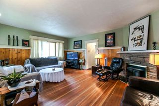 Photo 3: 4861 PRINCE EDWARD Street in Vancouver: Main House for sale (Vancouver East)  : MLS®# R2105436