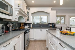 "Photo 12: 21137 77B Street in Langley: Willoughby Heights Condo for sale in ""Shaughnessy Mews"" : MLS®# R2114383"
