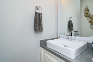 "Photo 14: 21137 77B Street in Langley: Willoughby Heights Condo for sale in ""Shaughnessy Mews"" : MLS®# R2114383"