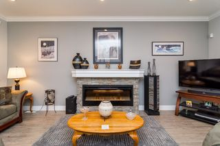 "Photo 5: 21137 77B Street in Langley: Willoughby Heights Condo for sale in ""Shaughnessy Mews"" : MLS®# R2114383"