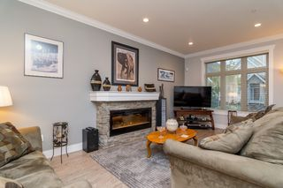 "Photo 4: 21137 77B Street in Langley: Willoughby Heights Condo for sale in ""Shaughnessy Mews"" : MLS®# R2114383"