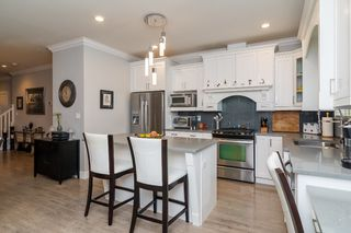 "Photo 10: 21137 77B Street in Langley: Willoughby Heights Condo for sale in ""Shaughnessy Mews"" : MLS®# R2114383"