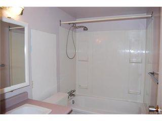 Photo 9: 208 848 Esquimalt Road in VICTORIA: Es Old Esquimalt Condo Apartment for sale (Esquimalt)  : MLS®# 372855