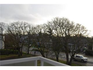 Photo 11: 208 848 Esquimalt Road in VICTORIA: Es Old Esquimalt Condo Apartment for sale (Esquimalt)  : MLS®# 372855