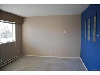 Photo 4: 208 848 Esquimalt Road in VICTORIA: Es Old Esquimalt Condo Apartment for sale (Esquimalt)  : MLS®# 372855