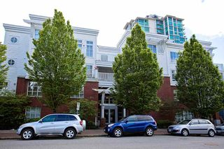 "Photo 17: 214 147 E 1ST Street in North Vancouver: Lower Lonsdale Condo for sale in ""CORONADO"" : MLS®# R2131365"
