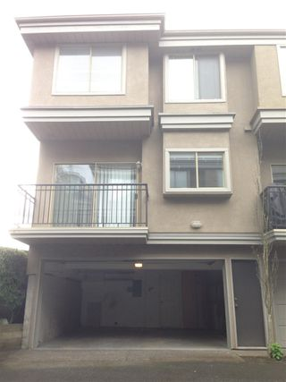 Photo 14: 15431 RUSSELL Avenue: White Rock Townhouse for sale (South Surrey White Rock)  : MLS®# R2154602