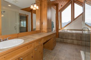 "Photo 11: 1037 GLACIER VIEW Drive in Squamish: Garibaldi Highlands House for sale in ""Garibaldi Highlands"" : MLS®# R2155934"