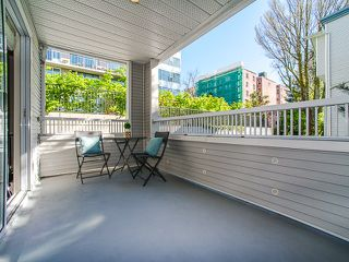 "Photo 17: 309 1465 COMOX Street in Vancouver: West End VW Condo for sale in ""Brighton Court"" (Vancouver West)  : MLS®# R2163687"