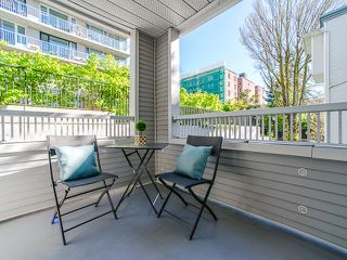 "Photo 18: 309 1465 COMOX Street in Vancouver: West End VW Condo for sale in ""Brighton Court"" (Vancouver West)  : MLS®# R2163687"