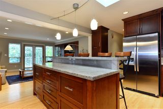 "Photo 11: 1499 PHOENIX Street: White Rock House for sale in ""West White Rock"" (South Surrey White Rock)  : MLS®# R2163364"