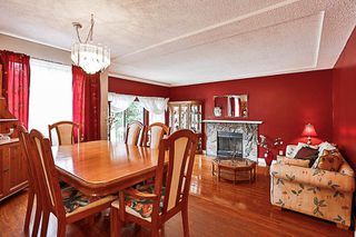 Photo 2: 12895 68 Avenue in Surrey: West Newton House for sale : MLS®# R2171822