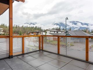 "Photo 19: 1056 JAY Crescent in Squamish: Garibaldi Highlands House for sale in ""Thunderbird Creek"" : MLS®# R2181297"
