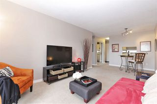 "Photo 6: 301 140 E 4TH Street in North Vancouver: Lower Lonsdale Condo for sale in ""Harbourside Terrace"" : MLS®# R2189487"