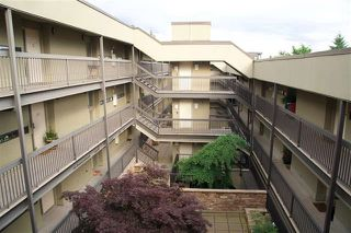 "Photo 18: 301 140 E 4TH Street in North Vancouver: Lower Lonsdale Condo for sale in ""Harbourside Terrace"" : MLS®# R2189487"