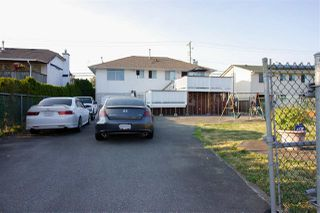 Photo 2: 17258 64 Avenue in Surrey: Cloverdale BC House for sale (Cloverdale)  : MLS®# R2193686