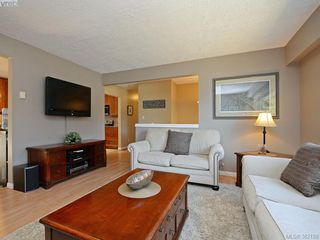Photo 4: 3371 Wishart Rd in VICTORIA: Co Wishart South House for sale (Colwood)  : MLS®# 767695