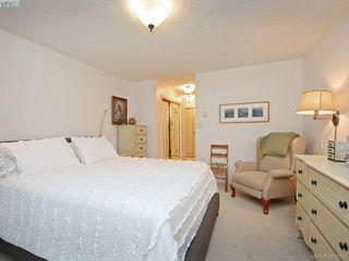Photo 13: 32 108 Aldersmith Place in VICTORIA: VR Glentana Townhouse for sale (View Royal)  : MLS®# 383609