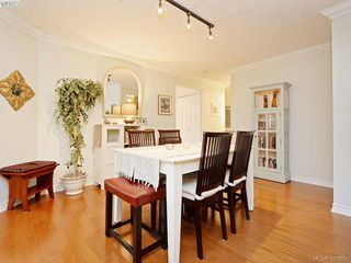 Photo 7: 32 108 Aldersmith Place in VICTORIA: VR Glentana Townhouse for sale (View Royal)  : MLS®# 383609
