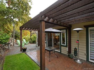 Photo 19: 32 108 Aldersmith Place in VICTORIA: VR Glentana Townhouse for sale (View Royal)  : MLS®# 383609