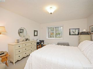 Photo 14: 32 108 Aldersmith Place in VICTORIA: VR Glentana Townhouse for sale (View Royal)  : MLS®# 383609