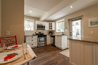 Photo 14: 2035 ROCKCLIFF Road in North Vancouver: Deep Cove House for sale : MLS®# R2210600